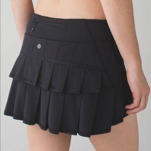 LULULEMON Run Pace Setter Skirt Black Size 6